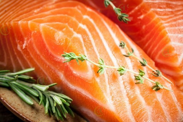 đuôi cá hồi được fillet tại Duy Linh Food