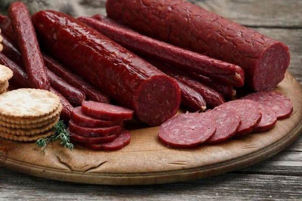 salami là món ăn truyền thống của người nga