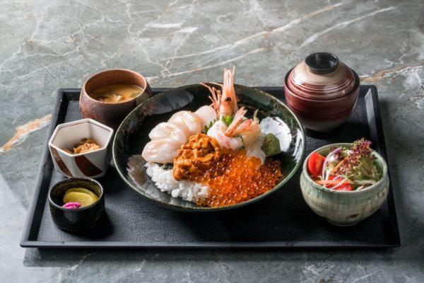 Sashimi và sushi