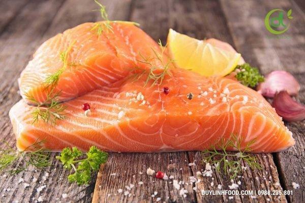 Top 3 món cá hồi áp chảo dễ thực hiện tại nhà