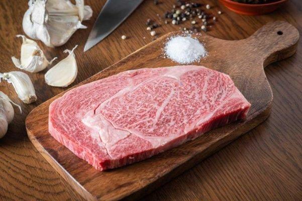 Thịt bò Wagyu Nhật Bản A5 địa chỉ bán uy tín tại Việt Nam